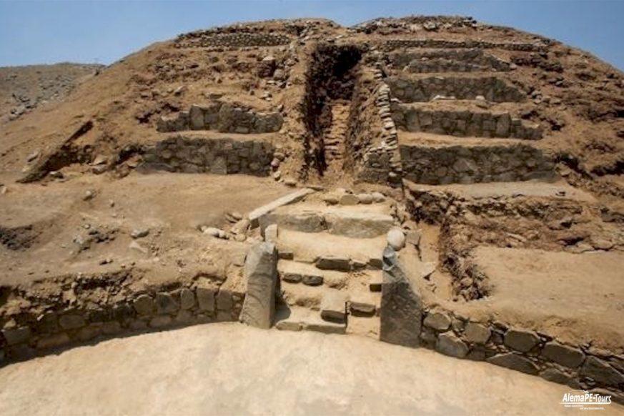 Archaeological Centers Áspero - Huaca de los Sacrificios and Huaca de los Idolos