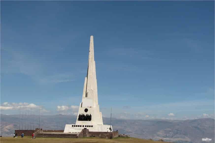Ayacucho - Obelisco de la Pampa de la Quinua
