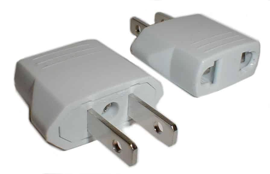 Stromspannung und Adapter