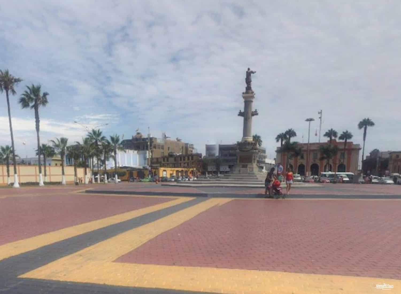 Callao - Plaza Miguel Grau