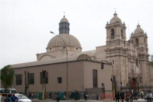 Lima - Santuario y Monaterio de las Nazarenas