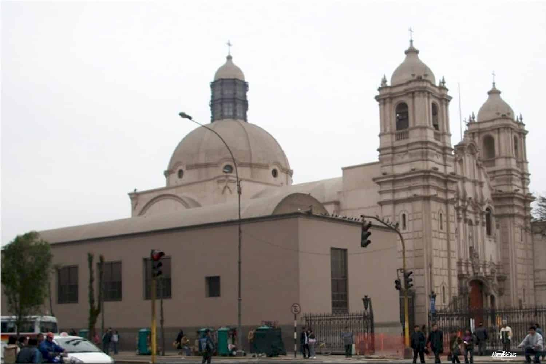 Lima - Santuario y Monasterio de las Nazarenas