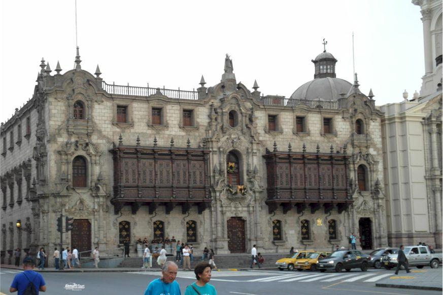Lima - Plaza-Mayor - Arzobispado de Lima
