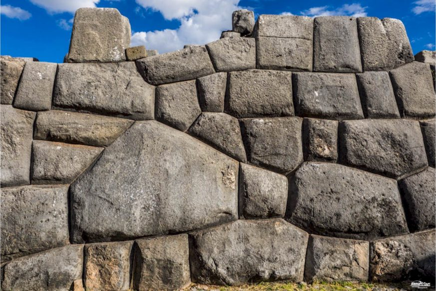 Sacsayhuamán - The Fortress Ruin
