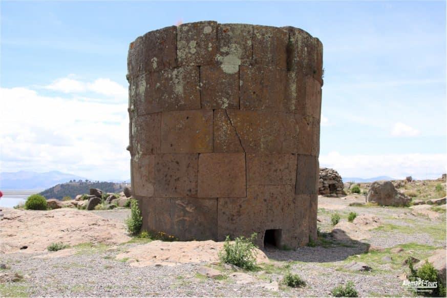 Puno - Sillustani - Las Chulpas