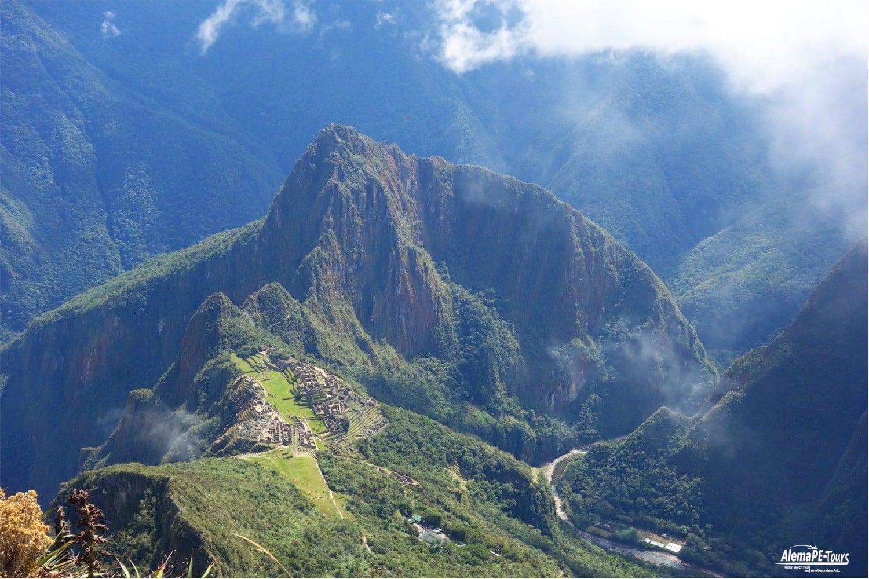 Cusco - Salkantay Trail