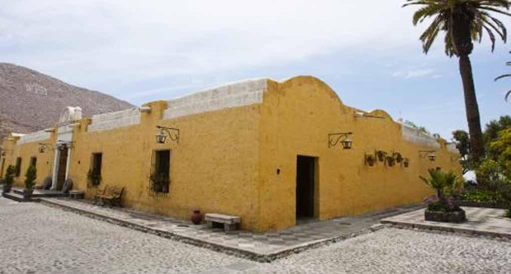 Domiruthperutravel Arequipa Founder Mansion