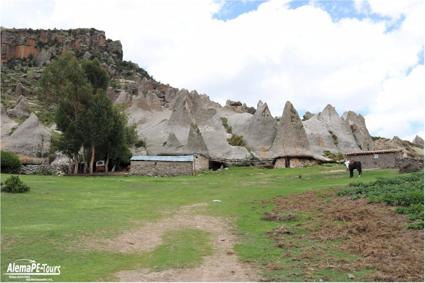 Pampachiri - Casas de los Pitufos